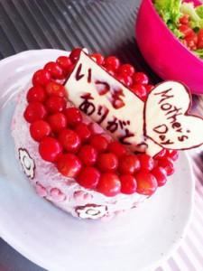 母の日のさくらんぼケーキ